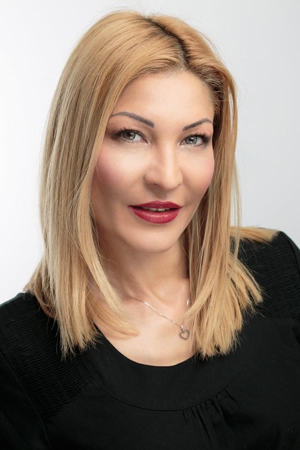 Dermatolog Dana Popoiu